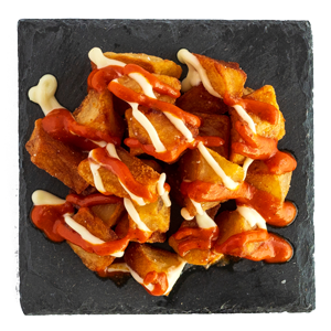 crispy-potatoes-spicy-sauce-aioli